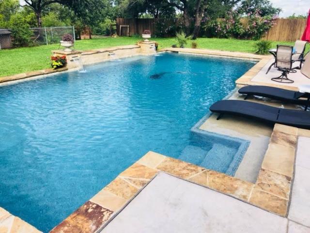 straightline pool